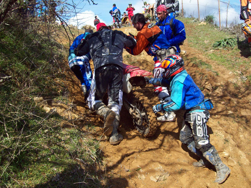 3-foto-off-road-extreme-aid